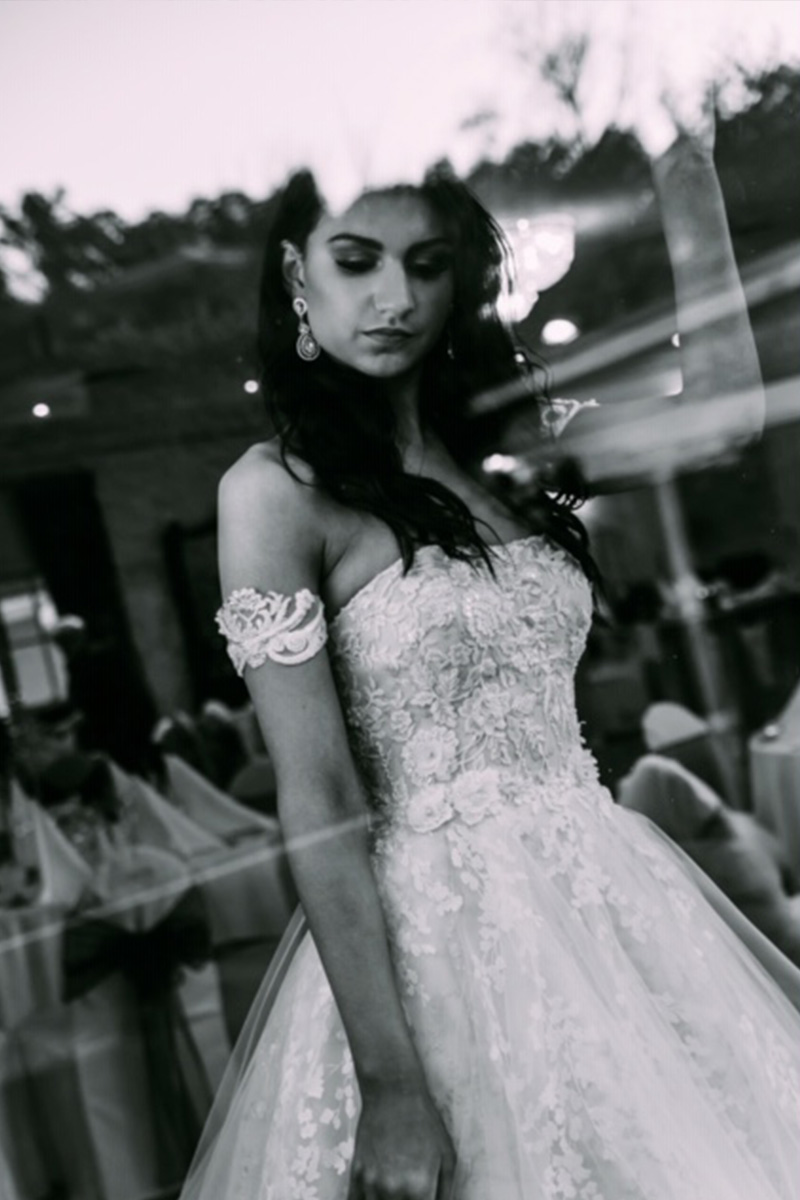 Zhanel Bridal Couture - Stunning Wedding Dress